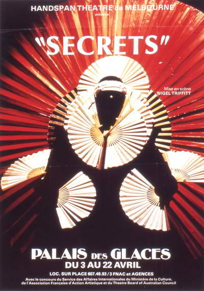 Paris poster showing the Secrets Fanlady.